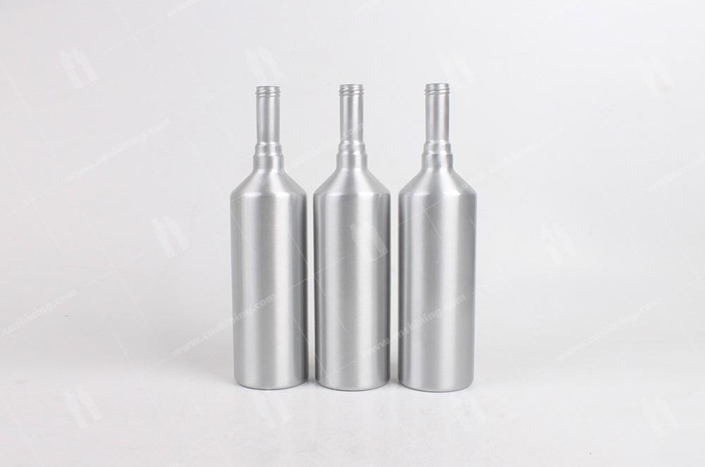 3 of aluminum-engine-oil-additive-bottle