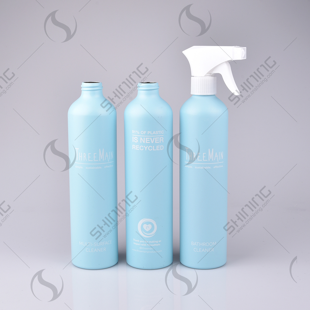 spray aluminum bottles